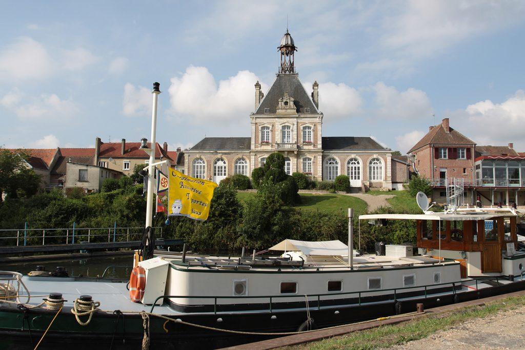 Das Rathaus von Long