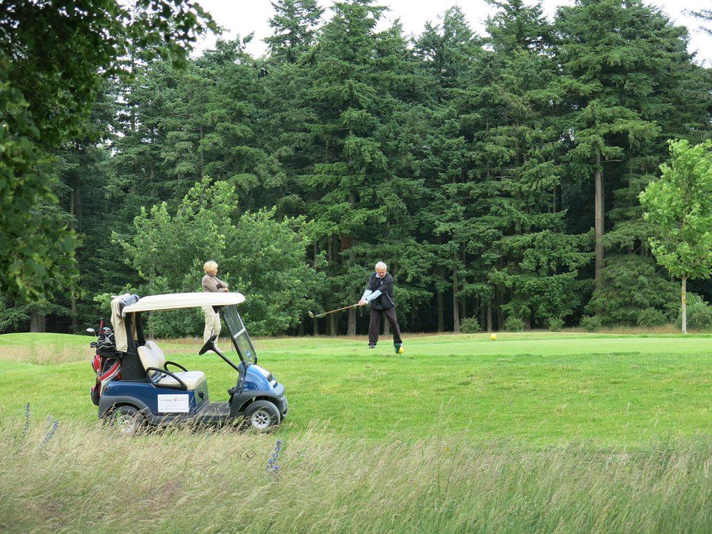 Einer der drei Golfplätze von Schloss Fleesensee