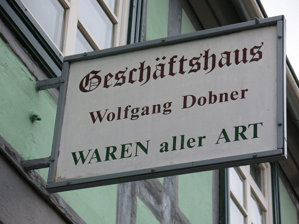 Gemischtwarenladen in Plau. In der Schweiz heisst das «Post»