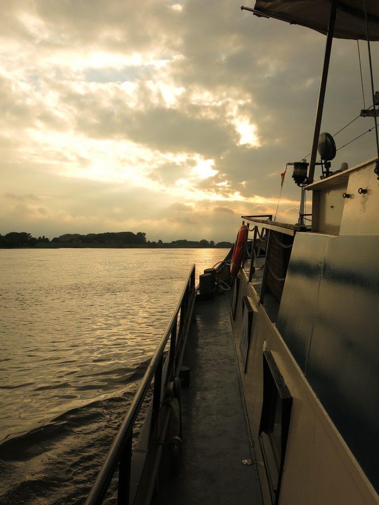 Abendstimmung auf der Elbe