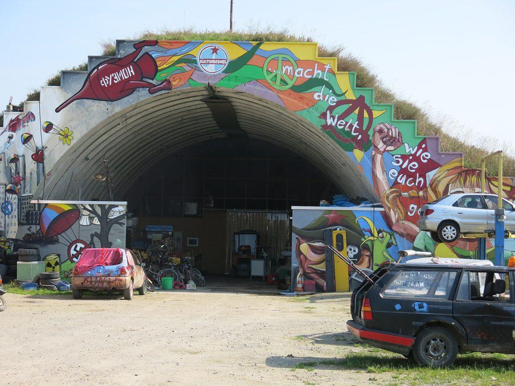 Der «Kulturkosmos» auf dem ehemaligen Militärflugplatz von Lärz
