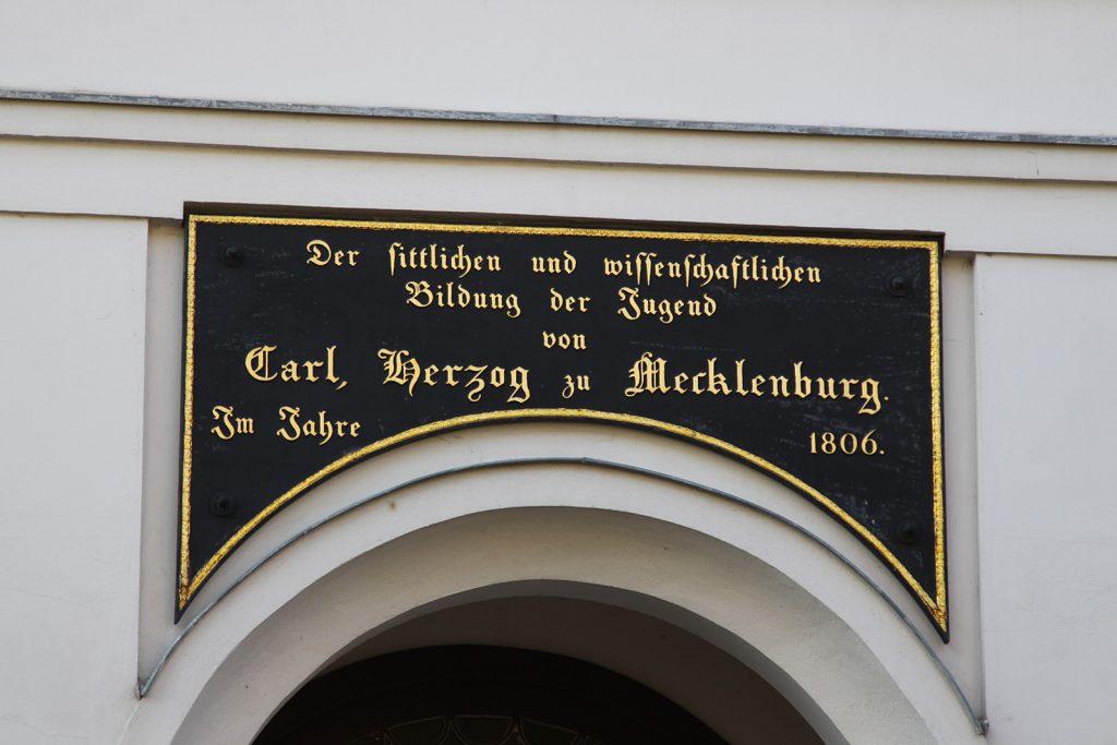 Schulgebäude in Neustrelitz