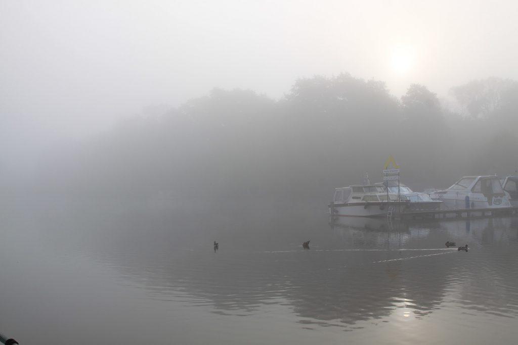 Herbstliche Morgenstimmung im Templiner Stadthafen