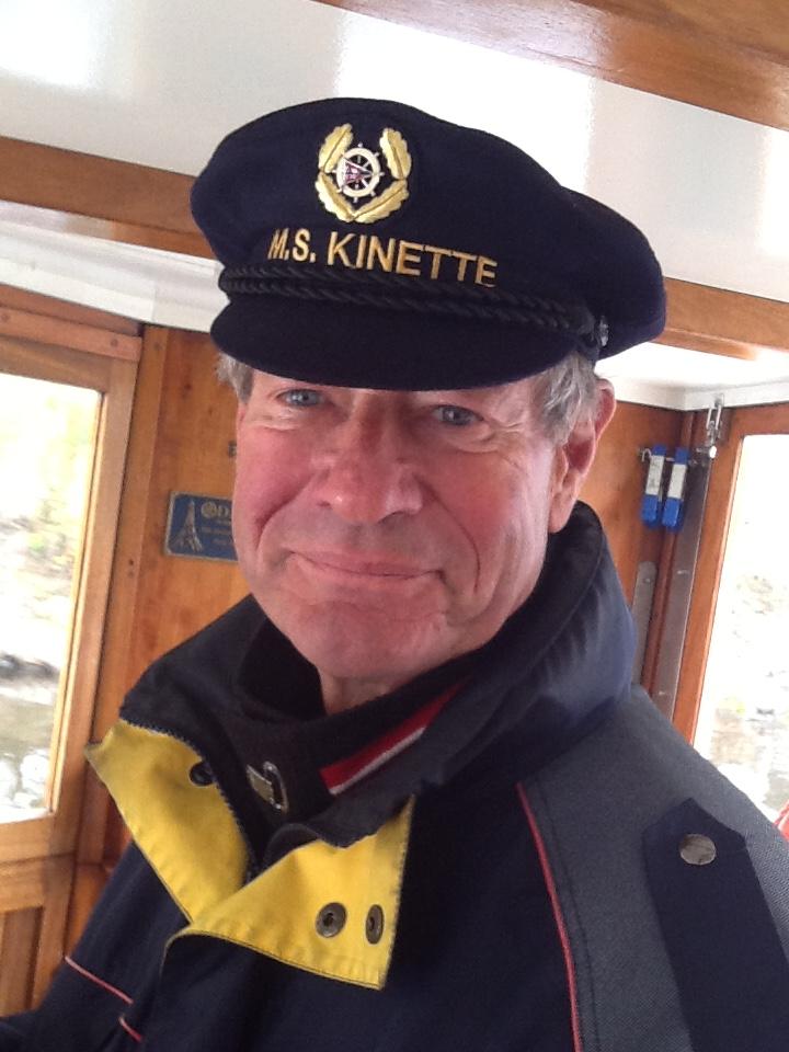 Der Kapitän wirkt völlig entspannt*