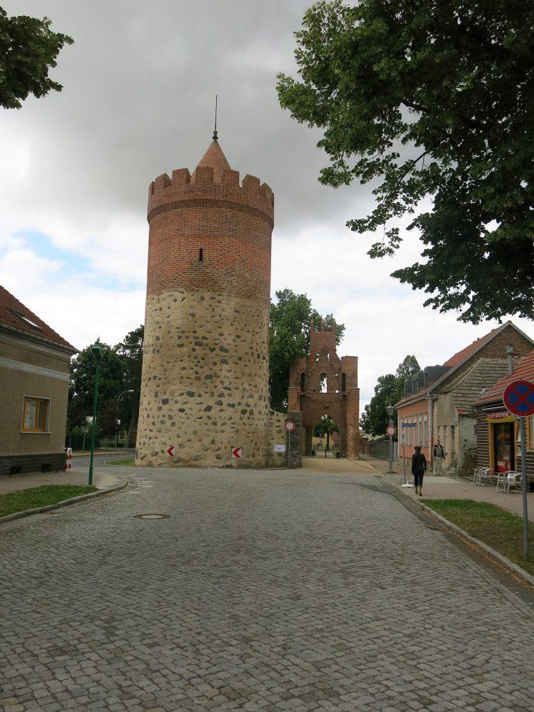 Pulverturm und Römertor in Mittenwalde