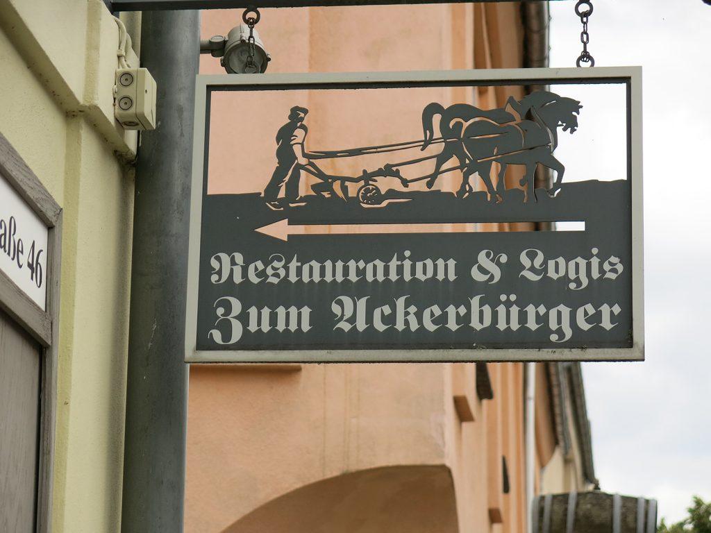 Wirtshausschild in Mittenwalde