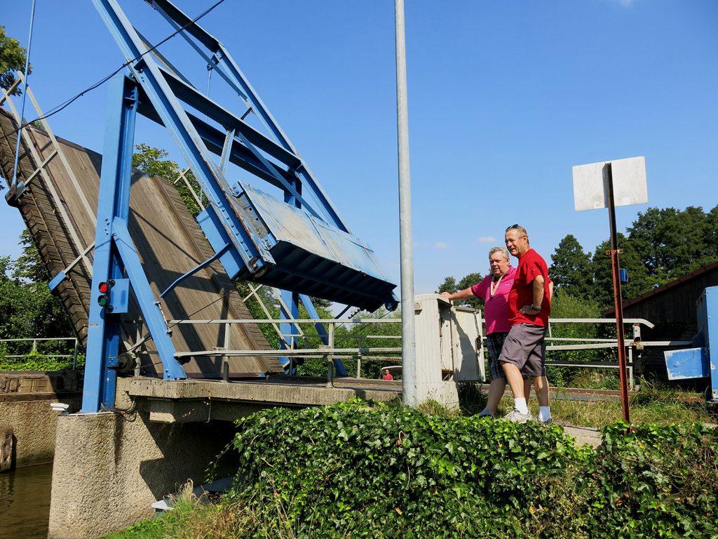 Bernd Acker, der Brückenwärter der Hubbrücke von Gross Köris