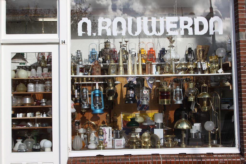 Ein Ladengeschäft in Harlingen wie eine Puppenstube