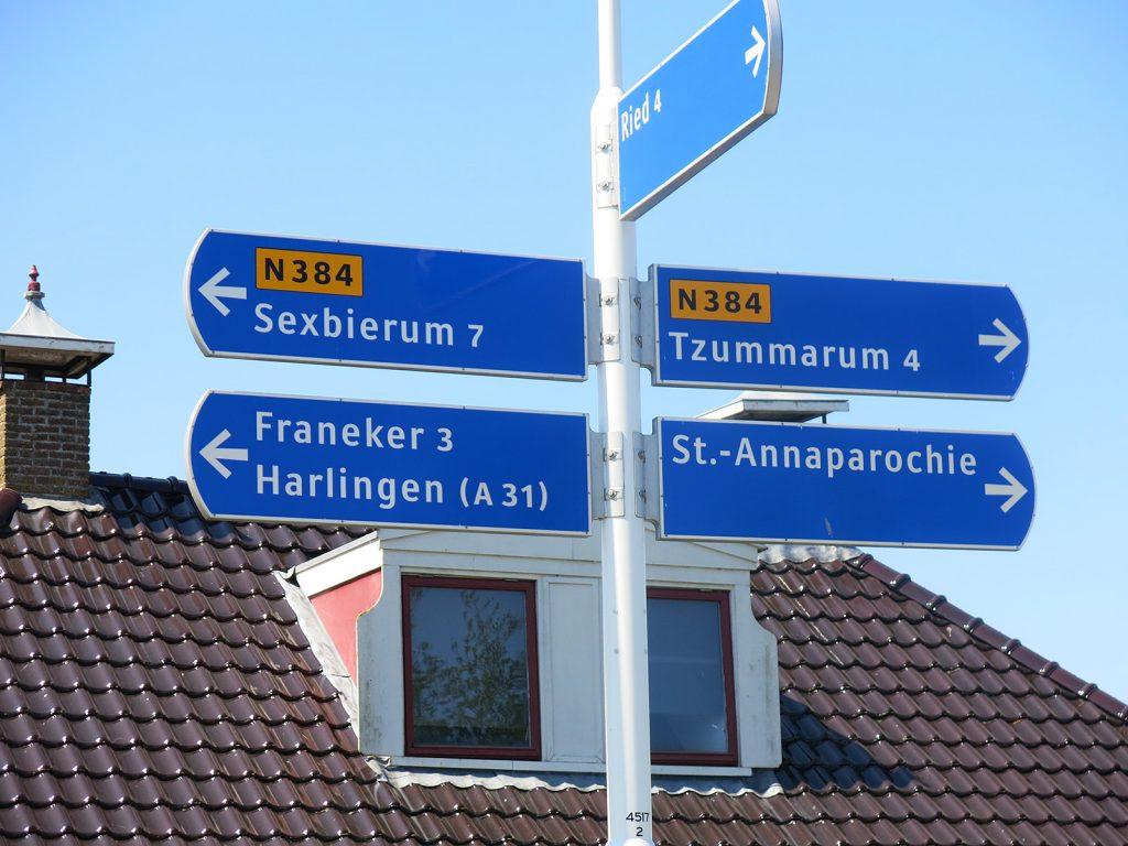 «Sexbierum» und «Tzummarum» – exotische Ortsnamen